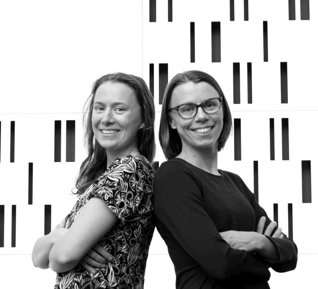 Tytti Mäenpää graafinen suunnittelija ja yhteistyökumppani Tiia Haataja